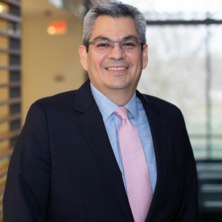 Dr.  Francisco Emilio Vera-Badillo